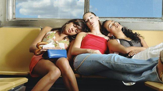 369461-women-sleeping